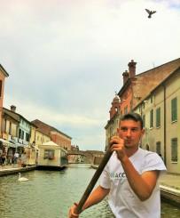 """Wegen seiner Kanäle und Gondoliere wird Comacchio auch """"La piccola Venezia"""" genannt"""